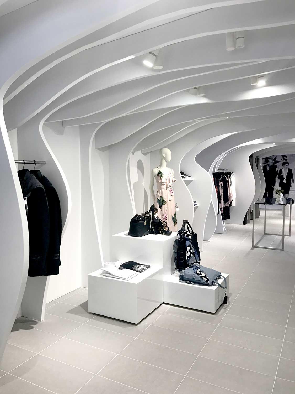 Nuovo store tammetta hurra enne abbigliamento donna for Immagini design
